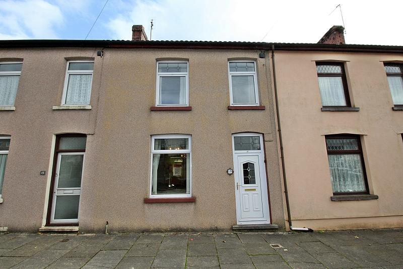 Duffryn Terrace, Tonyrefail, Porth, Rhondda, Cynon, Taff. CF39 8HB