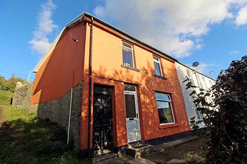 Heath Crescent, Graigwen, Pontypridd, Rhondda, Cynon, Taff. CF37 2LB